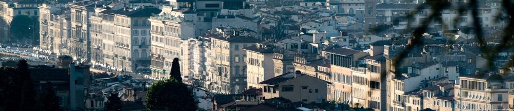 FLORENCE Panoramique bord de l'Arno, photo Serge Briez®