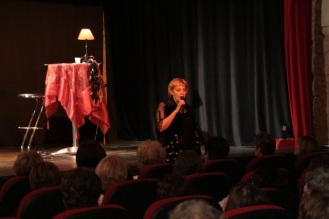 Photographies du spectacle de Maggy Villette, Maggy chante Piaf, photos Serge Briez pour Cap Médiations 2012