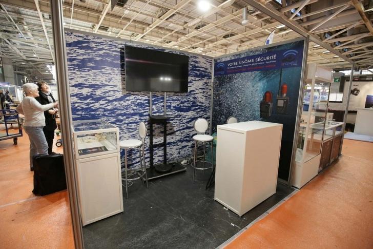 Stand de l'entreprise Seareka pour le lancement du e-narwhal au salon de la plongée 2017. Bâches de stand réalisé par Cap Médiations avec les images de Serge Briez